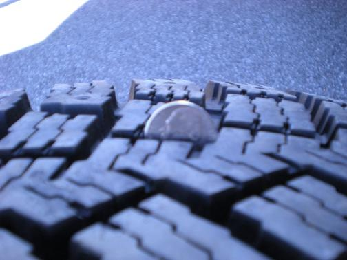 Click image for larger version  Name:tire2.JPG Views:30 Size:40.3 KB ID:27390